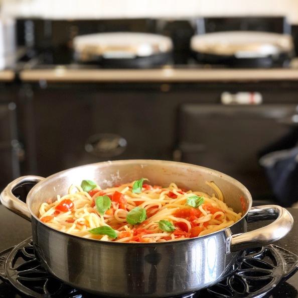Spaghetti with Fresh TomatoSauce